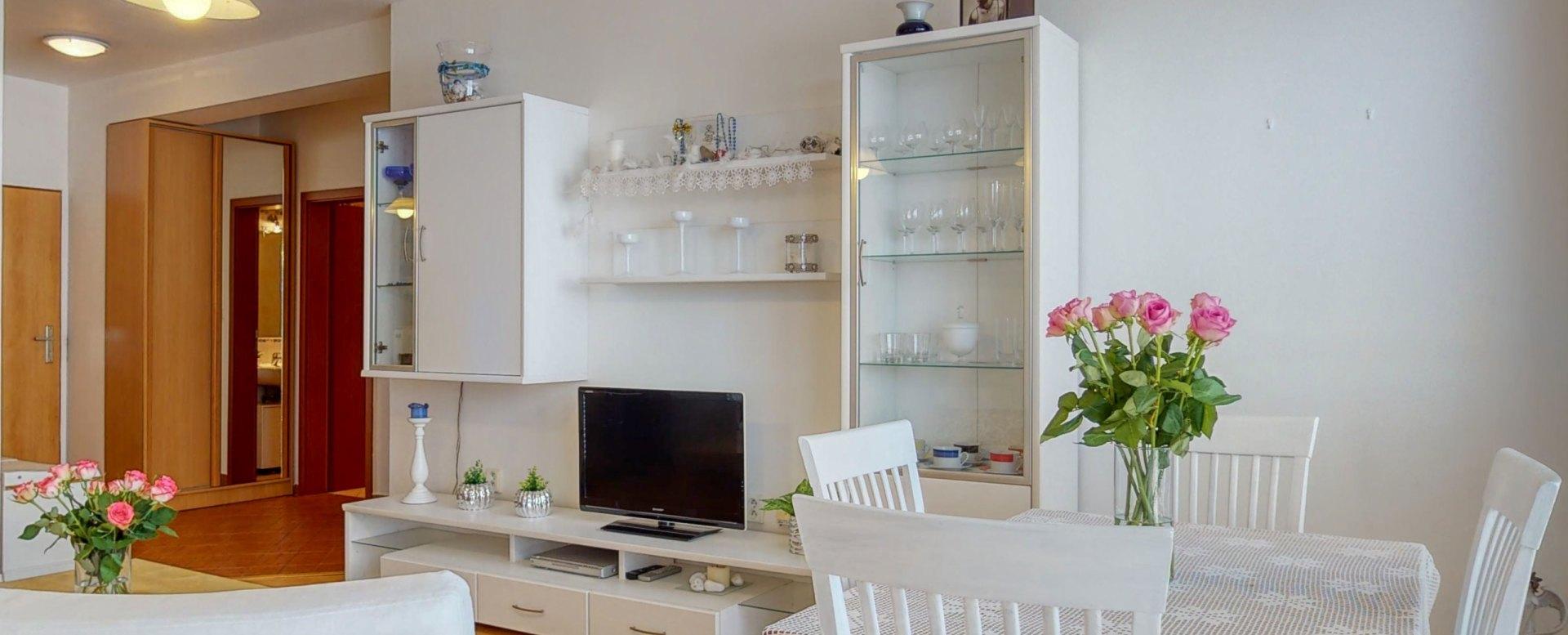 Nábytková stena v obývačke
