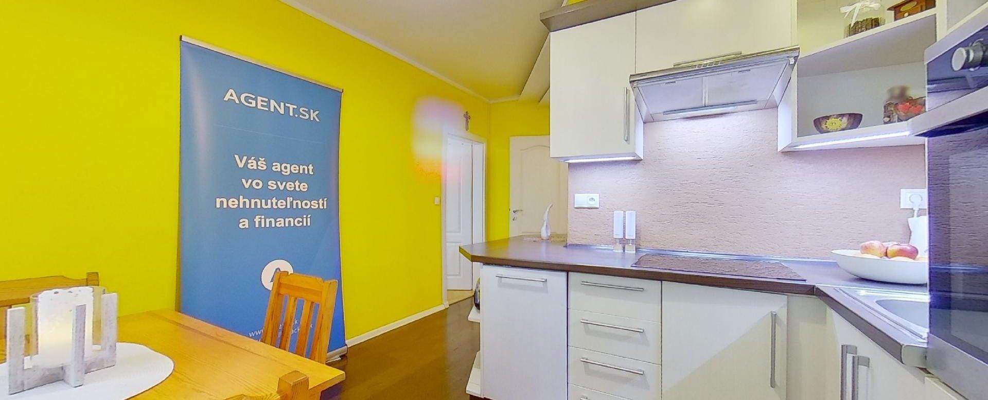 Kuchyňa v 2-izbovom byte na Školskej v Čadci