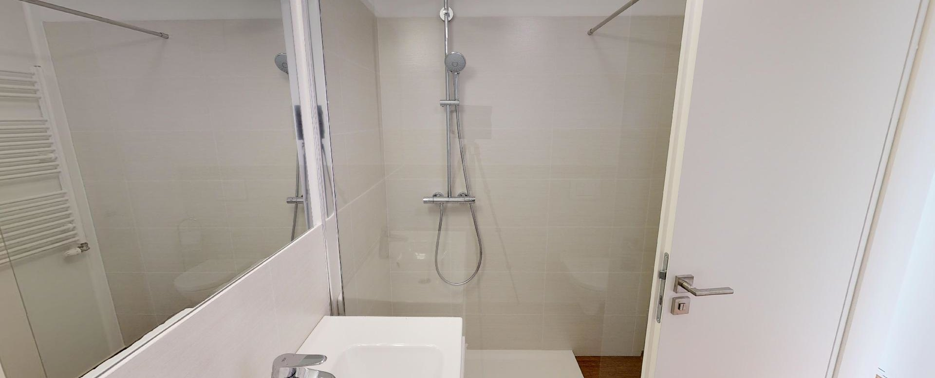 Moderná kúpeľňa v 2-izbovom byte na Strážnickej ulici v Starom meste Bratislavy