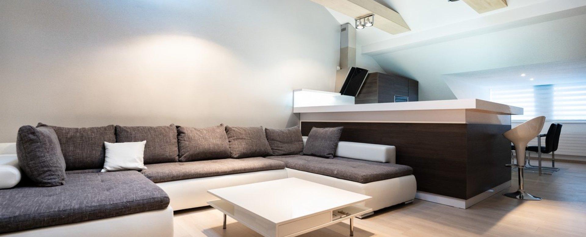 Obývacia izba s v 3-izbovom byte na Botovej v Žiline