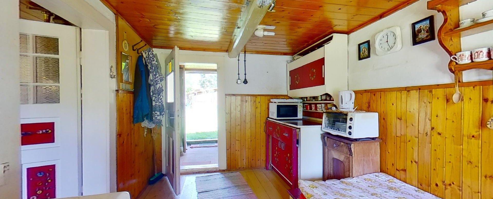 Kredenc v kuchyni