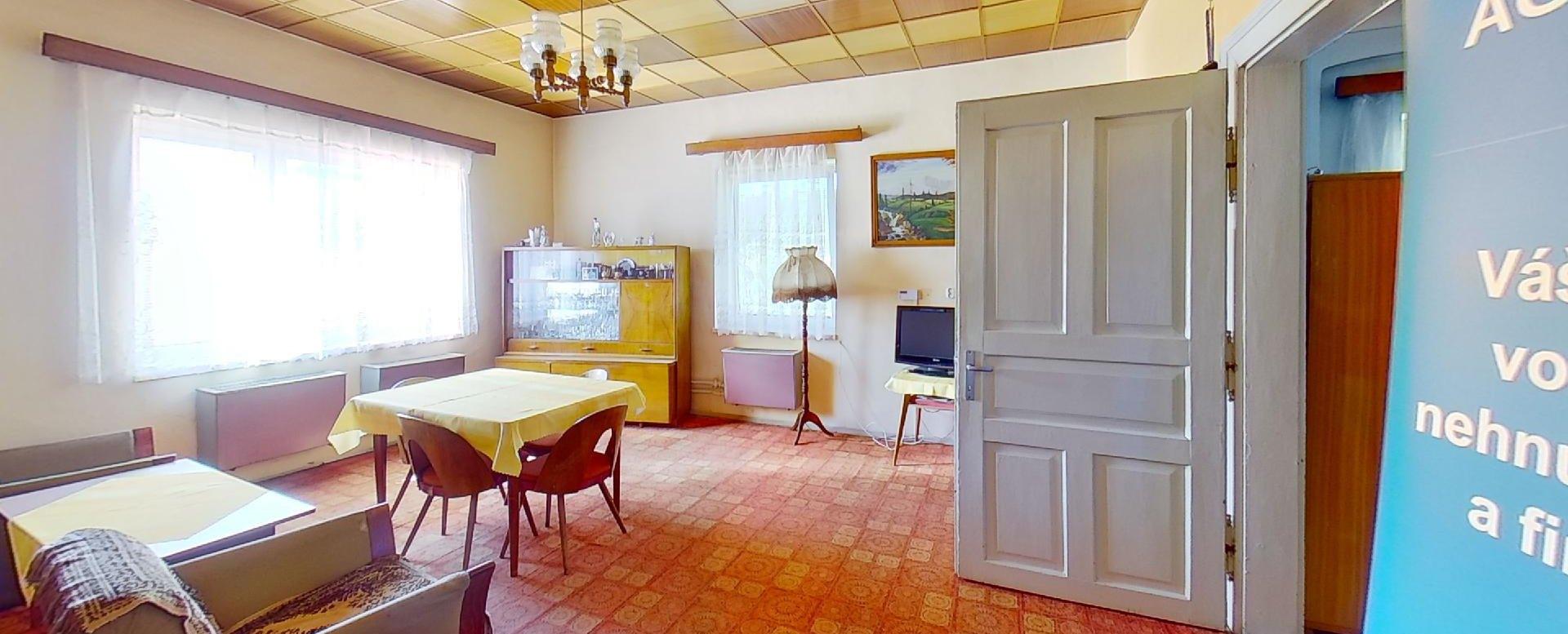 Slnečná obývacia izba