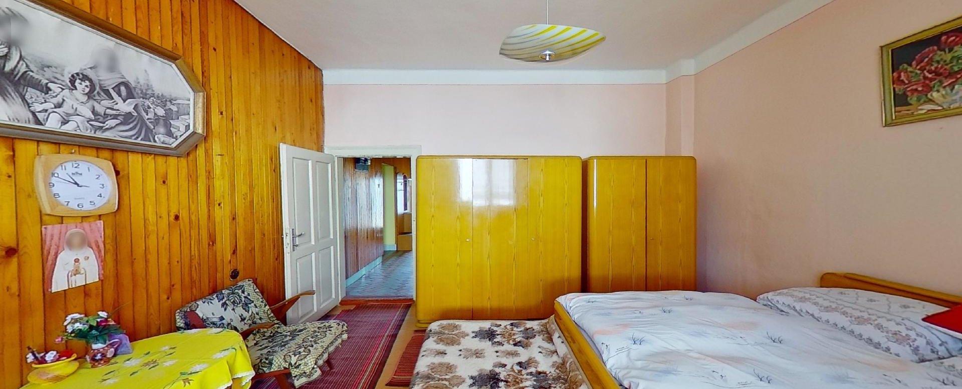 Spálňa pohľad 4