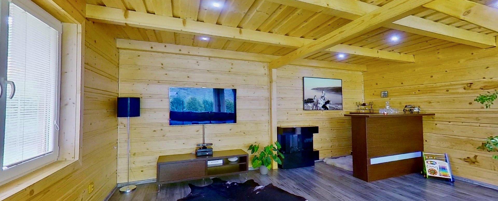 obývacia izba s barovým pultom