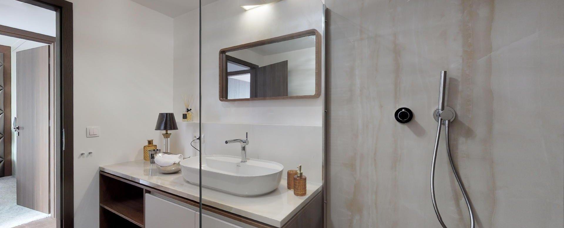 moderný sprchový kút
