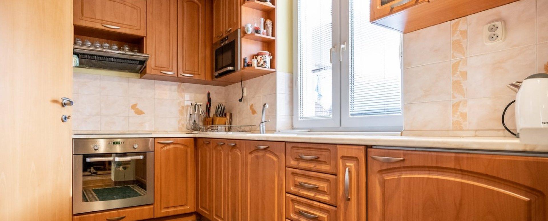 kuchynská linka v kuchyni