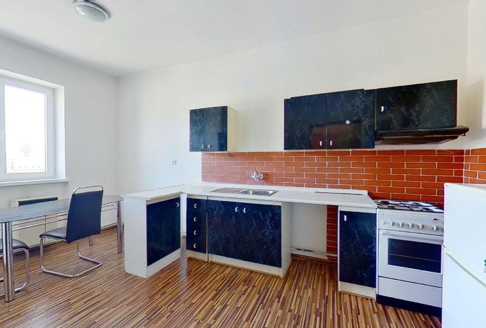 samostatná kuchyňa v 1-izbovom byte