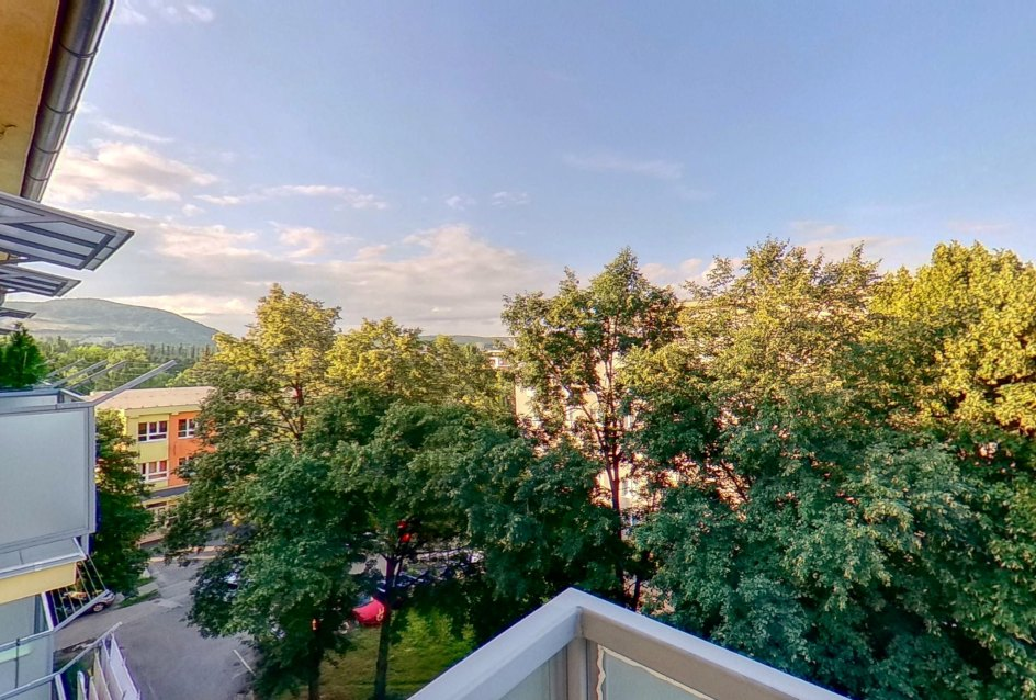 Výhľad z balkóna 2