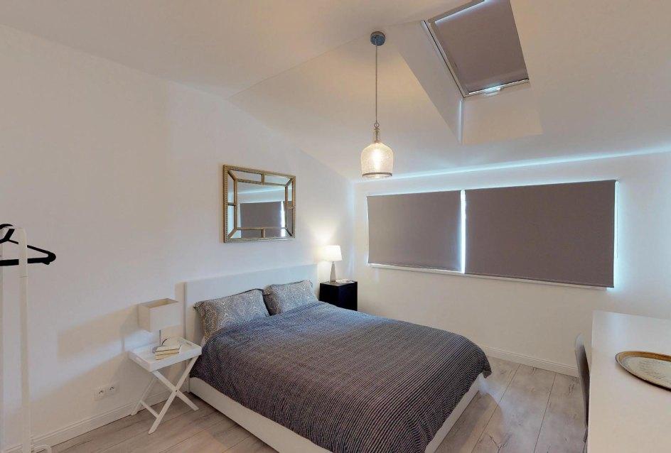 veľké okná v spálni