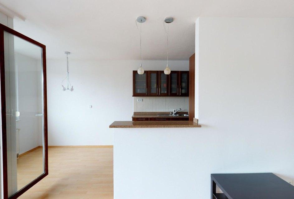 pohľad do kuchynskej časti