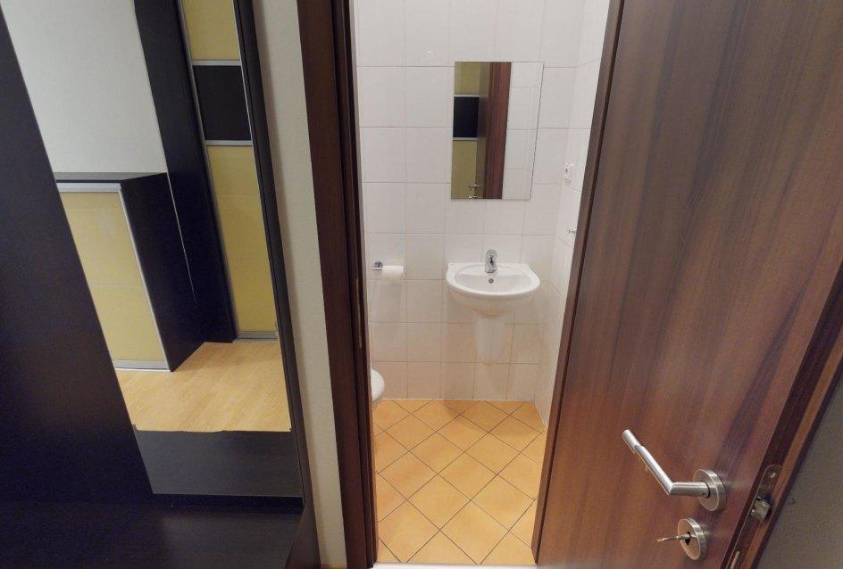 pohľad do kúpeľne