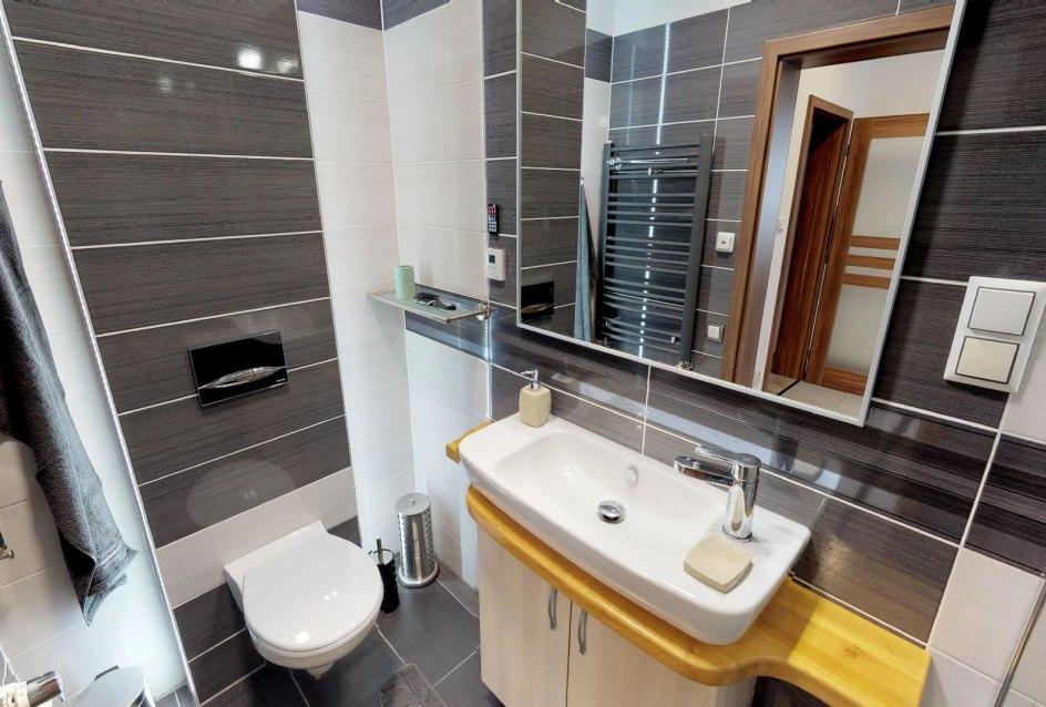 kúpeľňa s toaletou