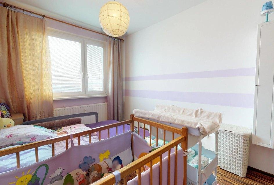 Spálňa 3-izbového bytu v Čadci