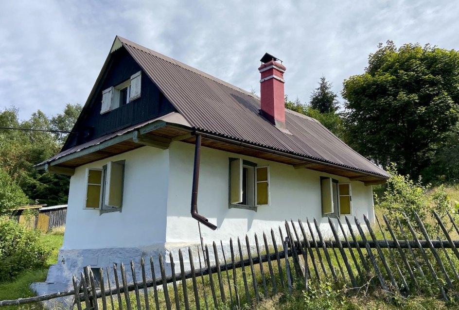 Chalupa v obci Zákopčie