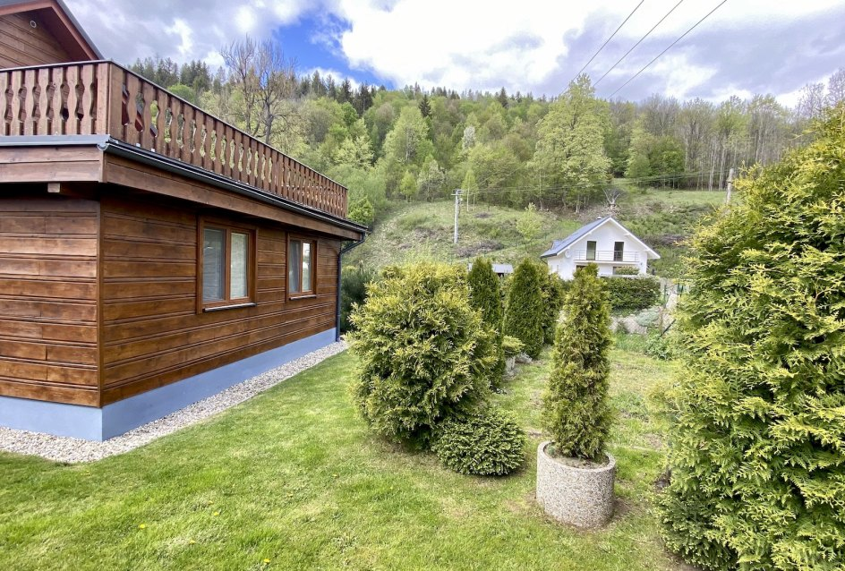 fasáda domu z dreva