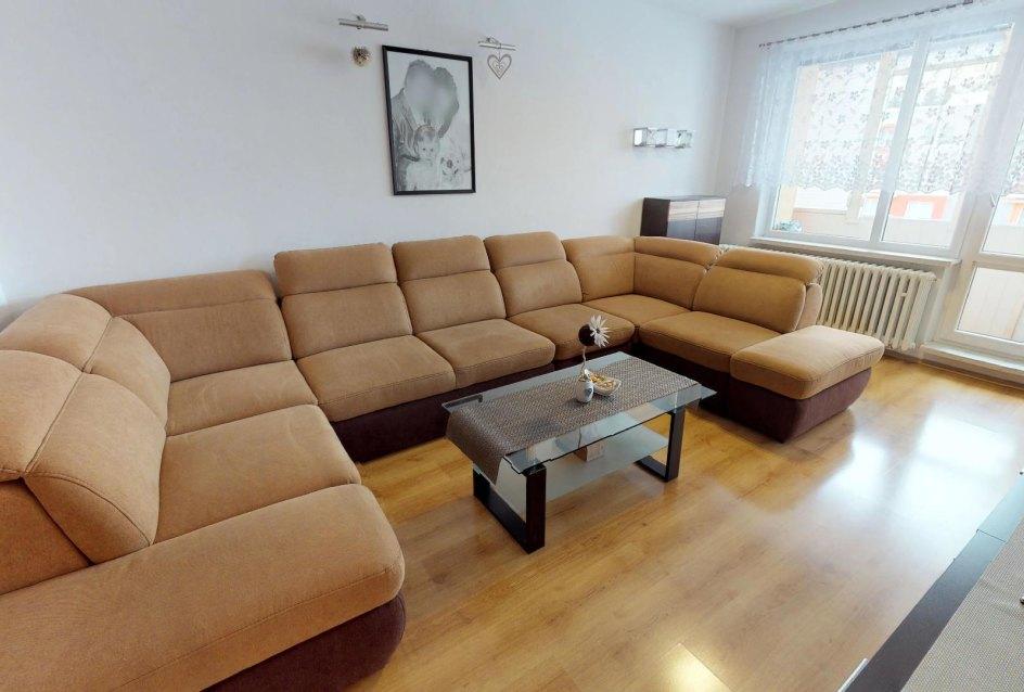 Sedacia súprava v obývacej izbe