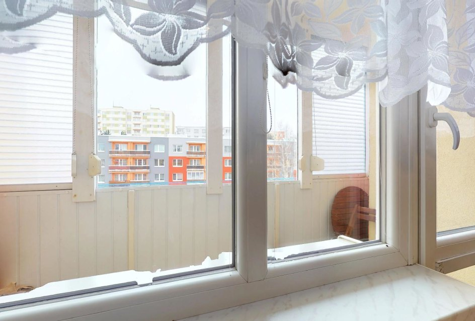 Okná a lodžia