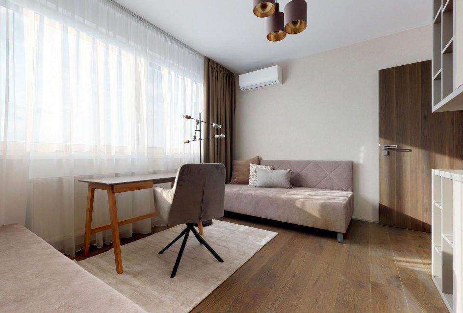 krásny nábytok v izbe
