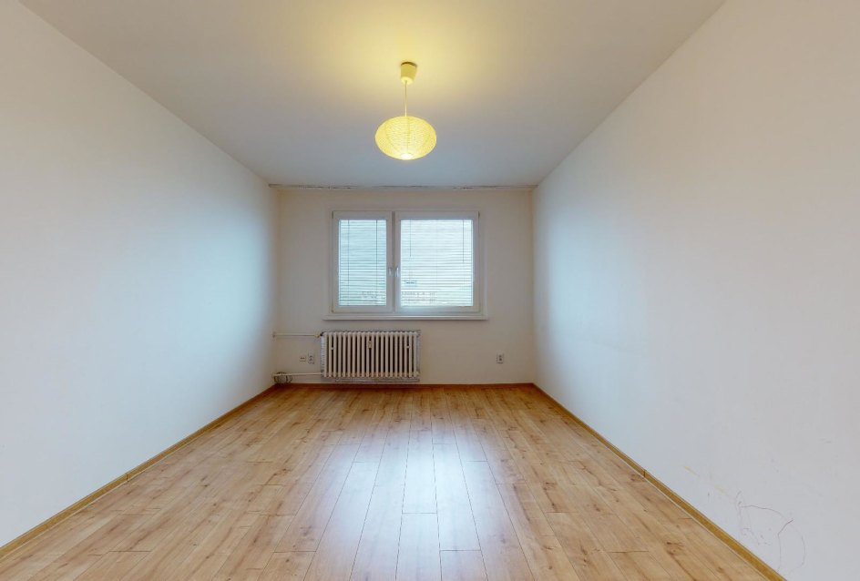 Druhá izba v 2-izbovom byte na Považanovej ulici v Dúbravke