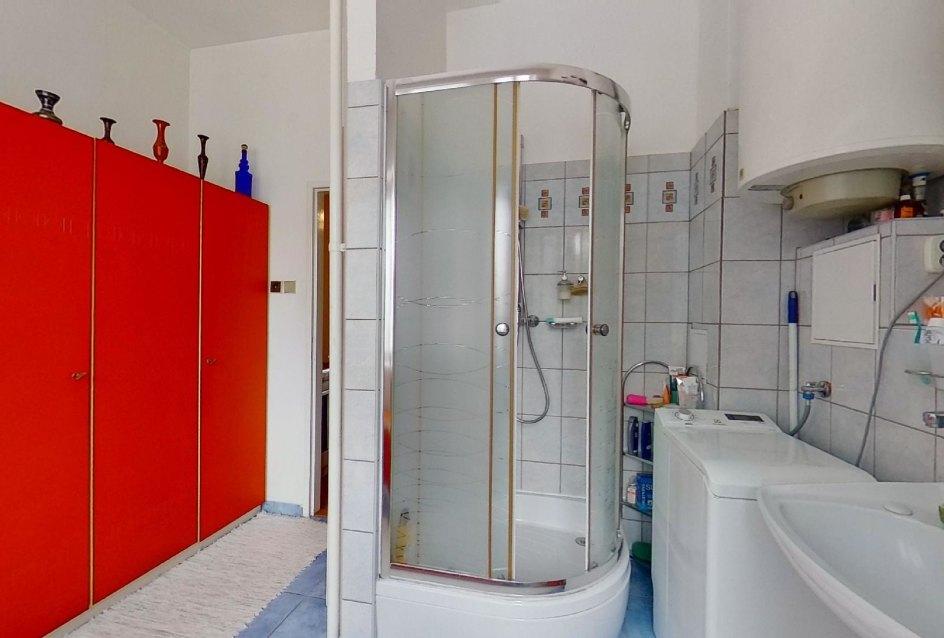 spechový kút v kúpeľni