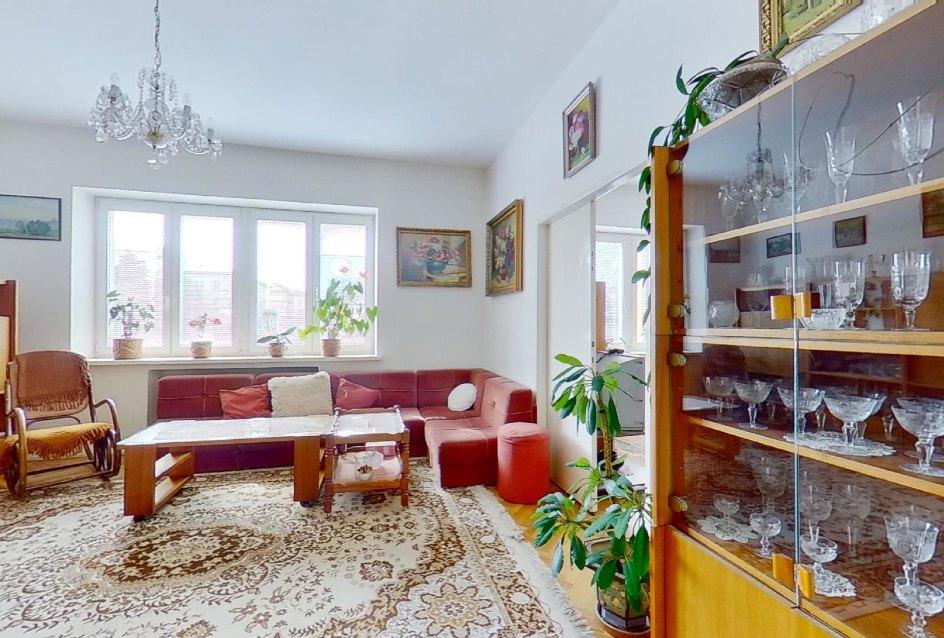 Nábytok v obývacej izbe