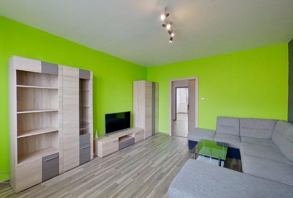 Obývačka s nábytkovou zostavou