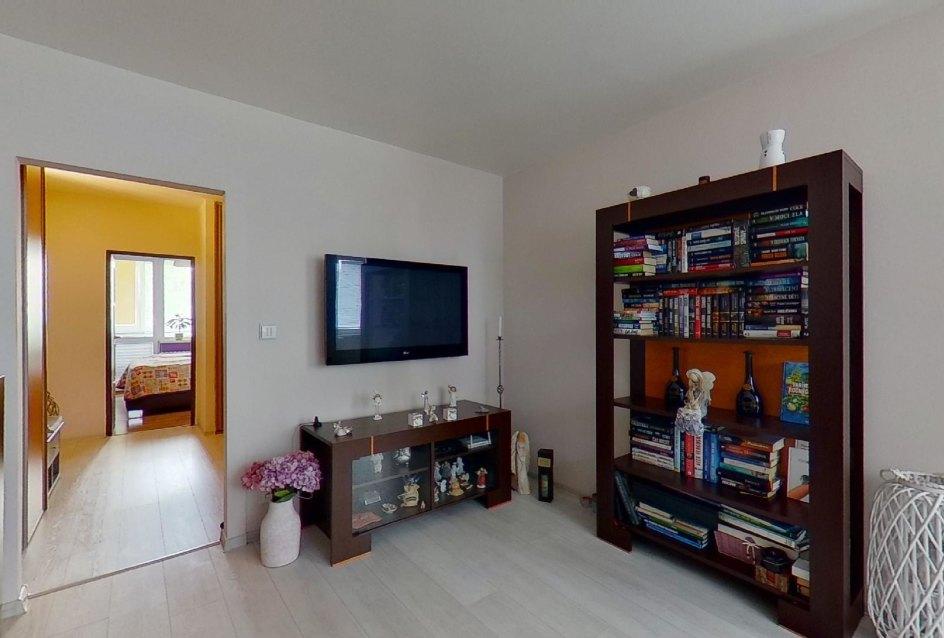 nábytok a tv