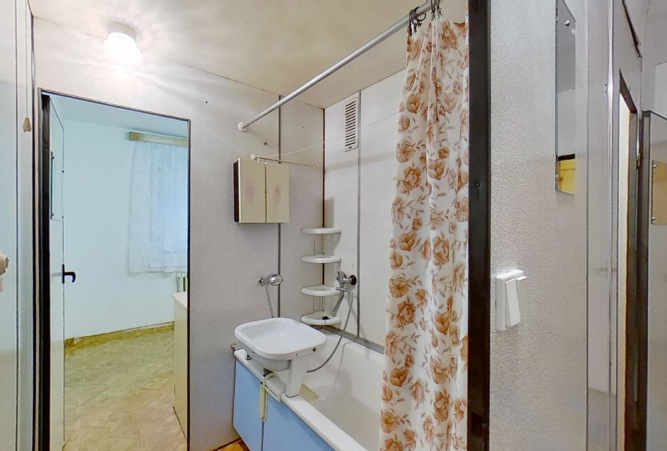 priechodná kúpeľňa