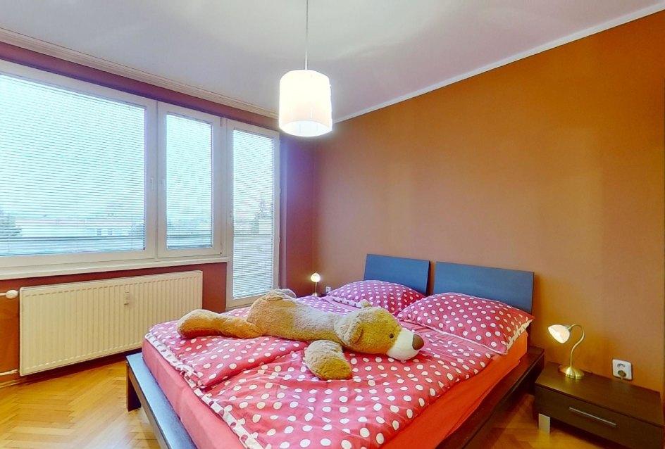 spálňa s lodžiou