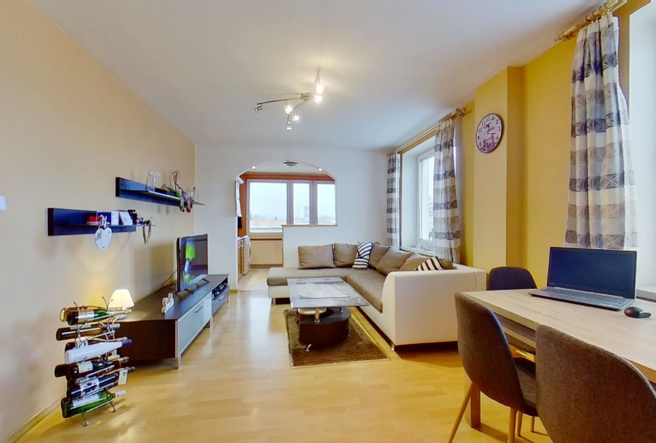 zariadená obývacia izba
