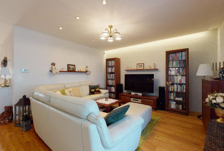 pohľad na obývačku
