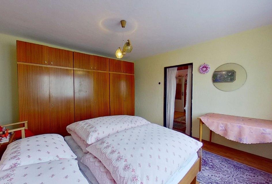spálňa 2 s nábytkom