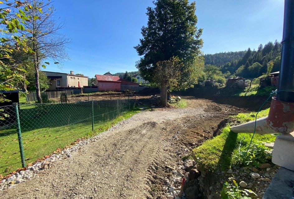 príjazdová cesta k pozemku v obci oščadnica