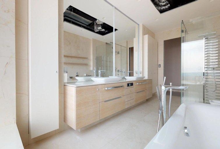 Moderná kúpeľňa penthousu v Panorama Towers - Eurovea City