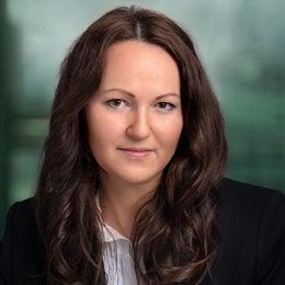 finančný agent, Ing. Zuzana Šoltisová
